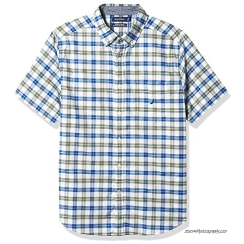 Nautica Men's Classic Fit Solid and Plaid Series Oxford Shirt
